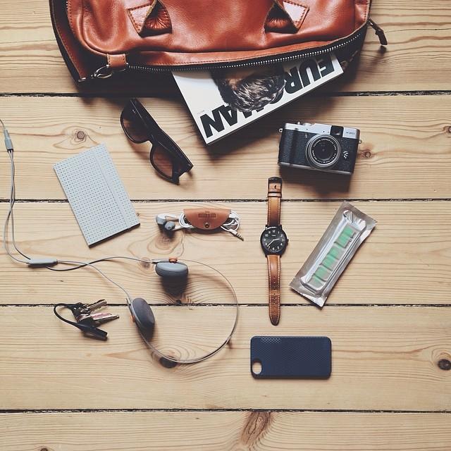 11-cosas-elementales-para-cargar-en-bolsa-de-viaje